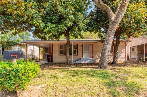 Photo of 2907 W Parnell Street, Denison, TX 75020 (MLS # 14696284)