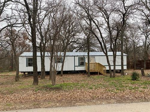 Photo of 1203 Chestnut Drive, Bartonville, TX 76226 (MLS # 14610285)