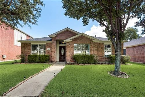 Photo of 300 Springwell Parkway, Wylie, TX 75098 (MLS # 14658285)