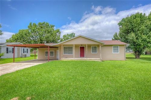 Photo of 405 Sterling Hart Drive, Commerce, TX 75428 (MLS # 14600287)