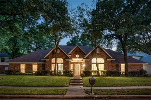 Photo of 2629 Surrey Woods Road, Flower Mound, TX 75028 (MLS # 14447289)