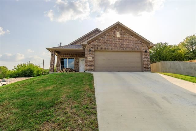 2901 NW 18th Street, Fort Worth, TX 76106 - #: 14436291