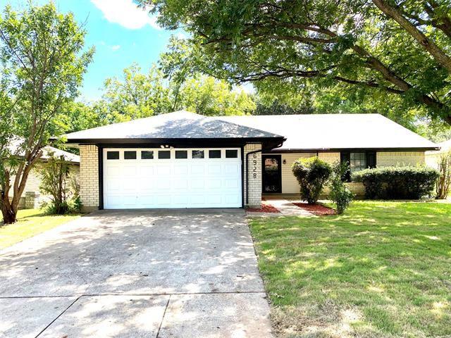 6928 Loma Vista Drive, Fort Worth, TX 76133 - MLS#: 14402294