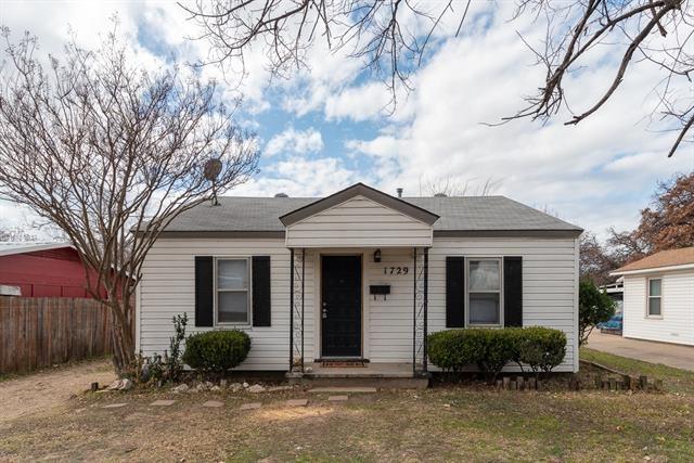 1729 Oakwood Street, Haltom City, TX 76117 - #: 14526295