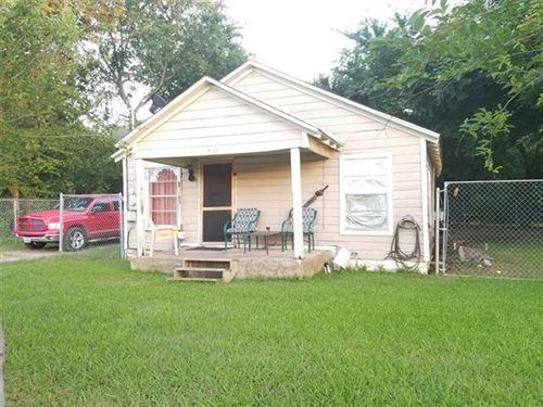 Photo of 703 W Cottage Street, Terrell, TX 75160 (MLS # 14604299)