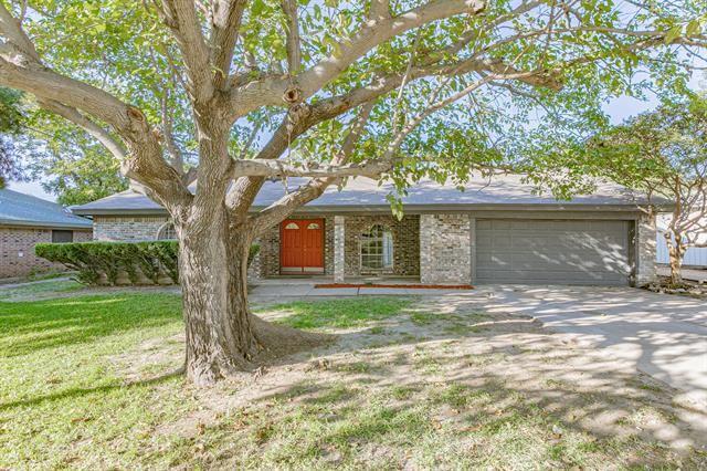 1020 Black Street, Hurst, TX 76053 - #: 14455301