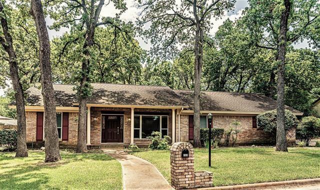 203 Shelmar Drive, Euless, TX 76039 - MLS#: 14605303