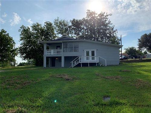 Photo of 625 Ideal Circle, Quinlan, TX 75474 (MLS # 14649304)