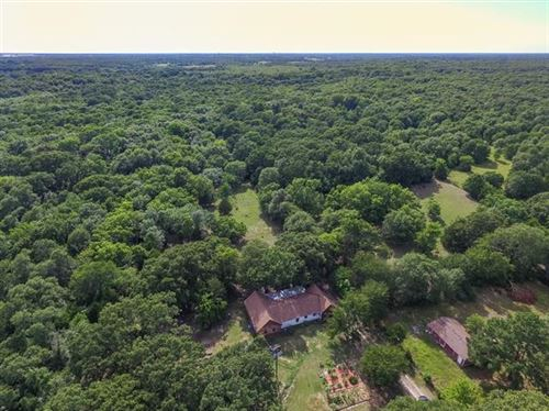 Photo of 1690 County Road 3119, Greenville, TX 75402 (MLS # 14373307)