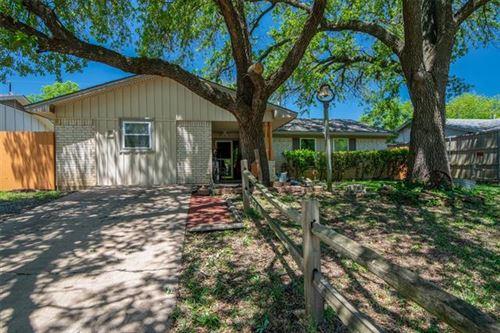 Photo of 1001 E Martin Lane, Sherman, TX 75090 (MLS # 14570308)