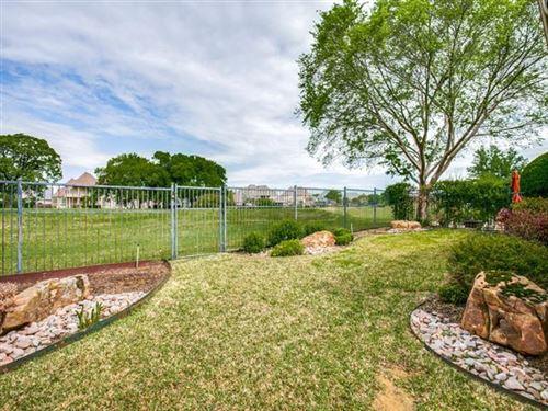 Photo of 628 Chandon Court, Southlake, TX 76092 (MLS # 14554309)