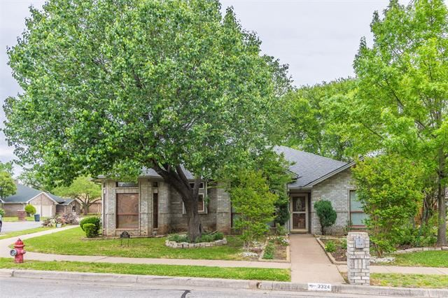 3324 Timber View Circle, Bedford, TX 76021 - #: 14548309