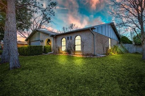 Photo of 2321 Chinaberry Drive, Bedford, TX 76021 (MLS # 14277311)