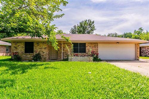 Photo of 203 Melody Lane, Terrell, TX 75160 (MLS # 14603314)