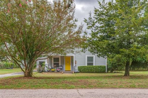 Photo of 908 W Acheson Street, Denison, TX 75020 (MLS # 14676318)