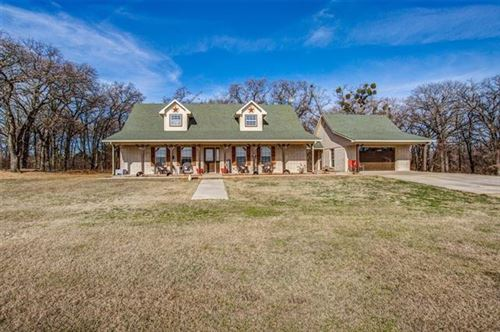 Photo of 207 Emberson Chapel Road, Pilot Point, TX 76258 (MLS # 14256319)