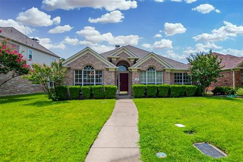 Photo of 315 Touchdown Drive, Irving, TX 75063 (MLS # 14643322)