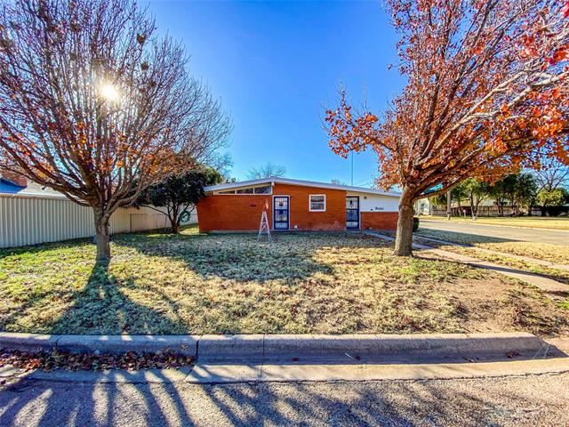1140 W Forest Street, Munday, TX 76371 - MLS#: 14485324