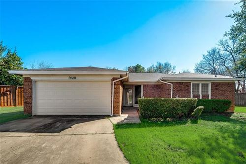 Photo of 1420 Storm Court E, Bedford, TX 76022 (MLS # 14267325)