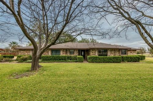 Photo of 1226 Batchler Road, Red Oak, TX 75154 (MLS # 14456326)