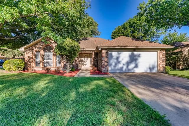 2613 New Bedford Court, Bedford, TX 76022 - #: 14573327