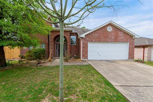 Photo of 210 Havenwood Lane, Garland, TX 75043 (MLS # 14553329)