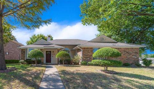 Photo of 102 E Amberway Lane, Garland, TX 75040 (MLS # 14694332)