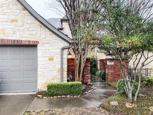 Photo of 715 N Avalon Court, Granbury, TX 76048 (MLS # 14504336)