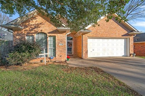Photo of 325 River Oaks Lane, Canton, TX 75103 (MLS # 14242338)