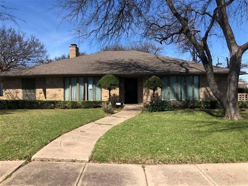 Photo of 6339 Crestmont Drive, Dallas, TX 75214 (MLS # 14300338)