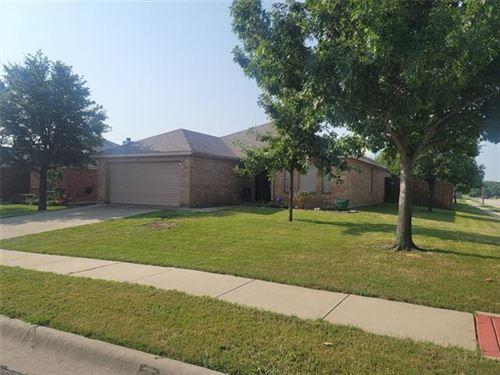 Photo of 1529 Evan Drive, Denton, TX 76207 (MLS # 14631342)