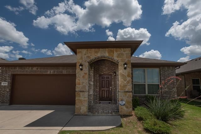 1044 Meadow Scape Drive, Burleson, TX 76028 - #: 14358343