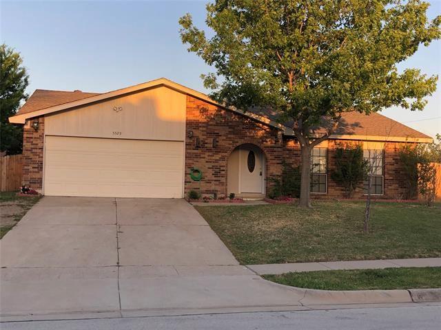 5529 Heathercrest Drive, Arlington, TX 76018 - #: 14553344