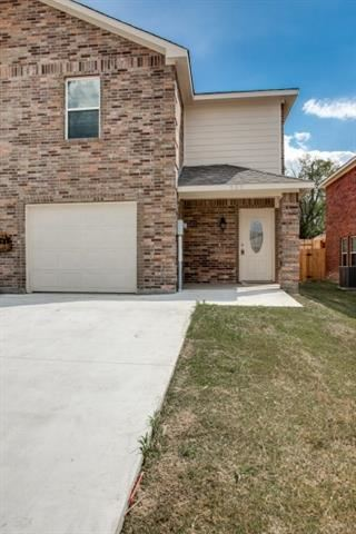 Photo for 905 Parkplace Ridge, Princeton, TX 75407 (MLS # 13818346)