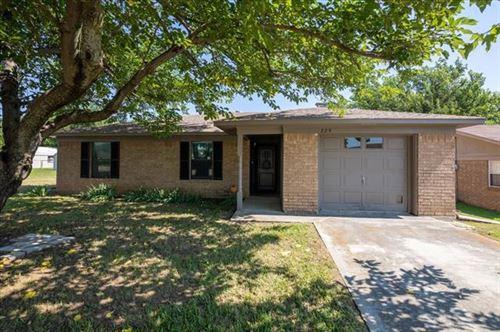Photo of 229 Hillcrest Drive, Nocona, TX 76255 (MLS # 14602347)
