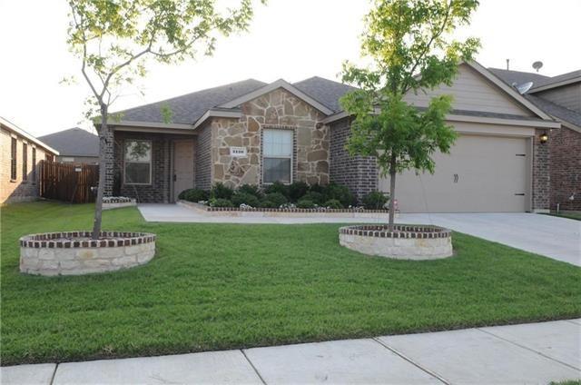 Photo for 2120 Meadow Park Drive, Princeton, TX 75407 (MLS # 13770347)