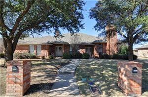 Photo of 5112 Ledgestone Drive, Fort Worth, TX 76132 (MLS # 14057348)