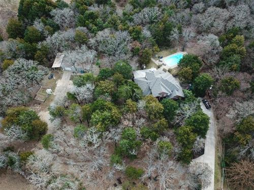 Photo of 237 County Road 2250, Valley View, TX 76272 (MLS # 14274348)