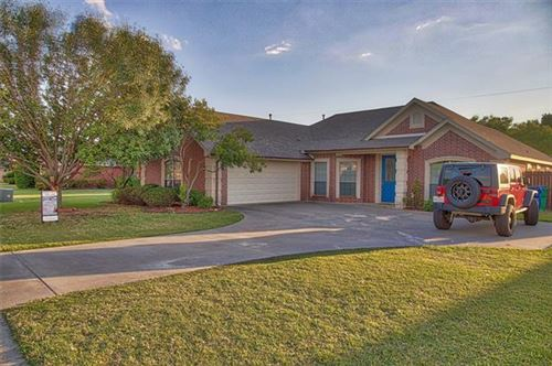 Photo of 1404 High Point Drive, Pilot Point, TX 76258 (MLS # 14361348)