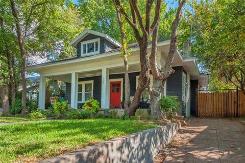 Photo of 722 Huntley Street, Dallas, TX 75214 (MLS # 14653348)