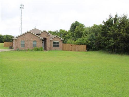Photo of 303 County Road 2748, Caddo Mills, TX 75135 (MLS # 14632350)