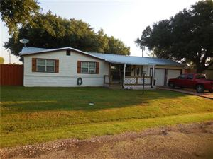 Photo of 1128 W Dove Trail, Quinlan, TX 75474 (MLS # 14179354)