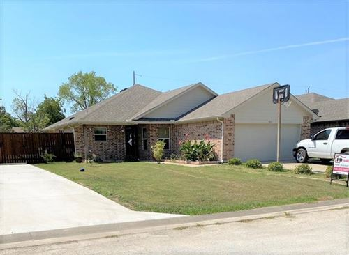 Photo of 501 W Gould Street, Pilot Point, TX 76258 (MLS # 14420355)