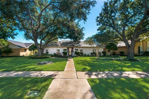 Photo of 802 Hillsdale Drive, Richardson, TX 75081 (MLS # 14694355)