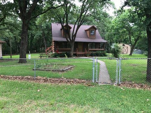 Photo of 111 Rocky Road, Pottsboro, TX 75076 (MLS # 14573357)