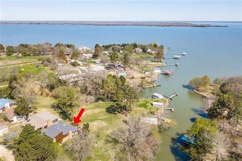 Photo of 10535 Post Oak Bend, Wills Point, TX 75169 (MLS # 14544361)