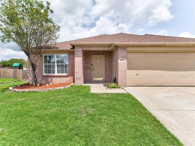 208 Lincoln Lane, Crowley, TX 76036 - #: 14633361