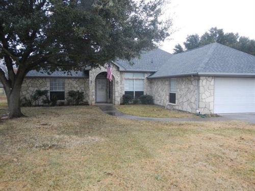 Photo of 3912 Winding Way, Granbury, TX 76049 (MLS # 14504363)