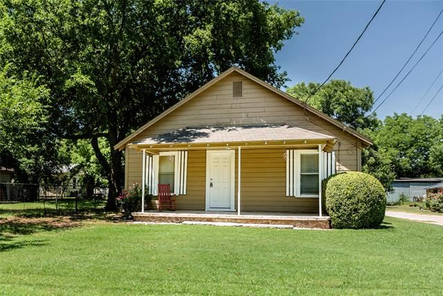 104 7th Street, Nocona, TX 76255 - MLS#: 14610363