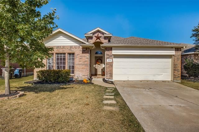 1008 Fort Apache Drive, Fort Worth, TX 76052 - #: 14686363